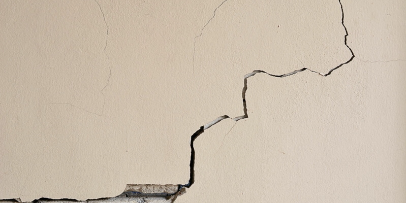 How to cover cracks