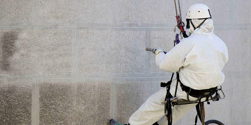 Professional facade cleaning